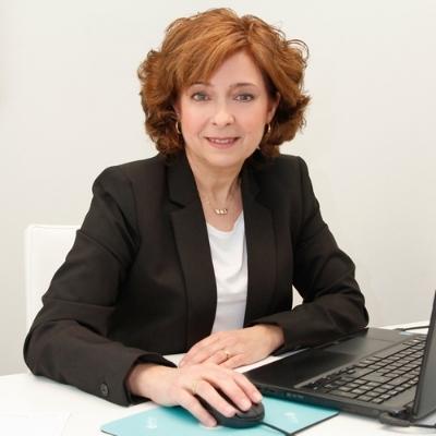 Pilar Pérez Robles - Administración